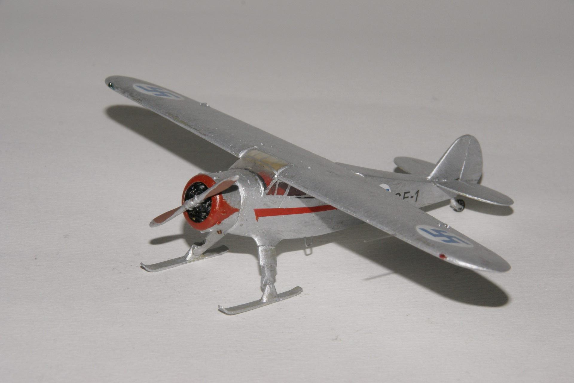Cessna c 37 airmaster 6