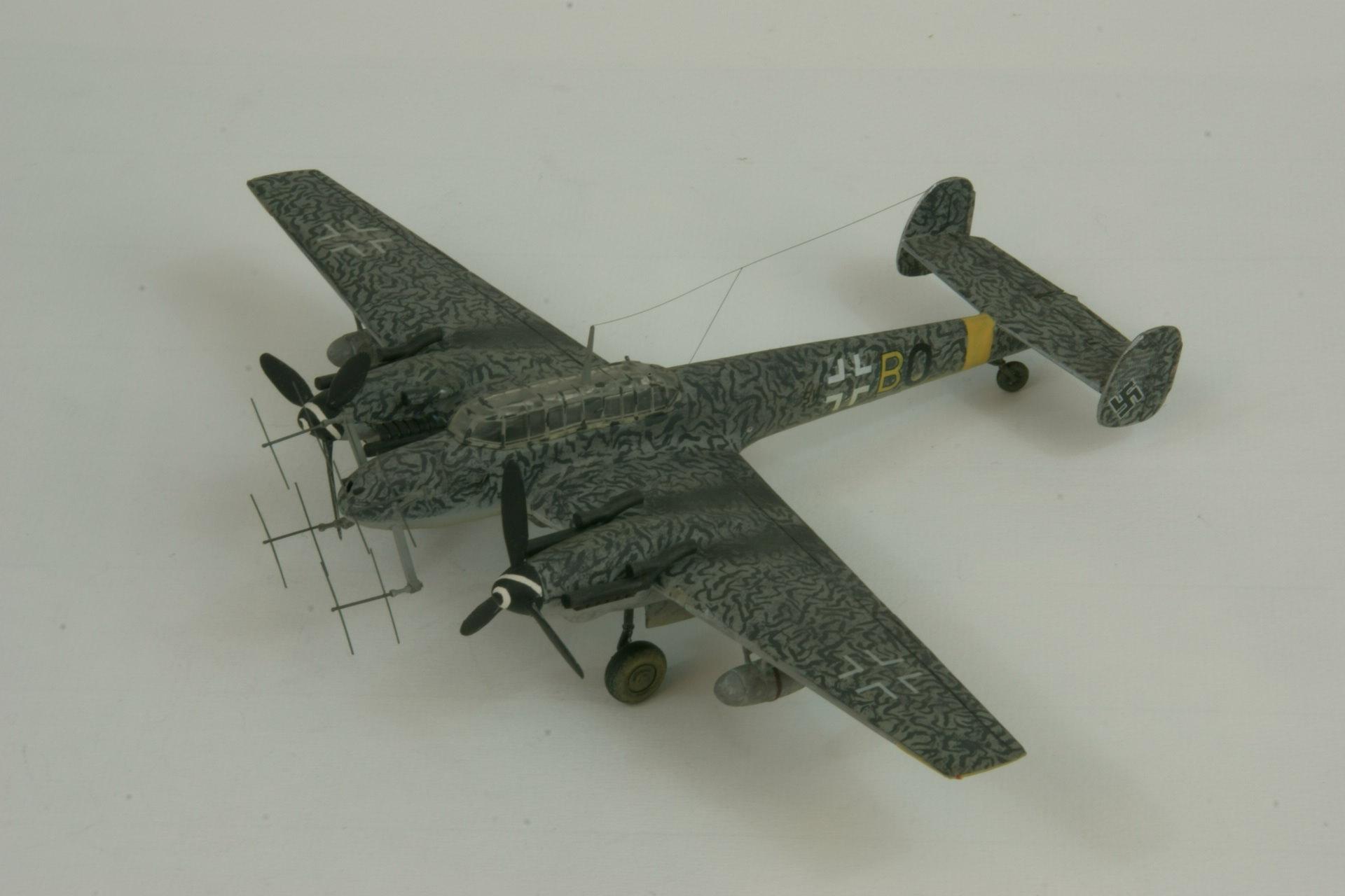 Messerschmitt 110g 4c fug 220 1