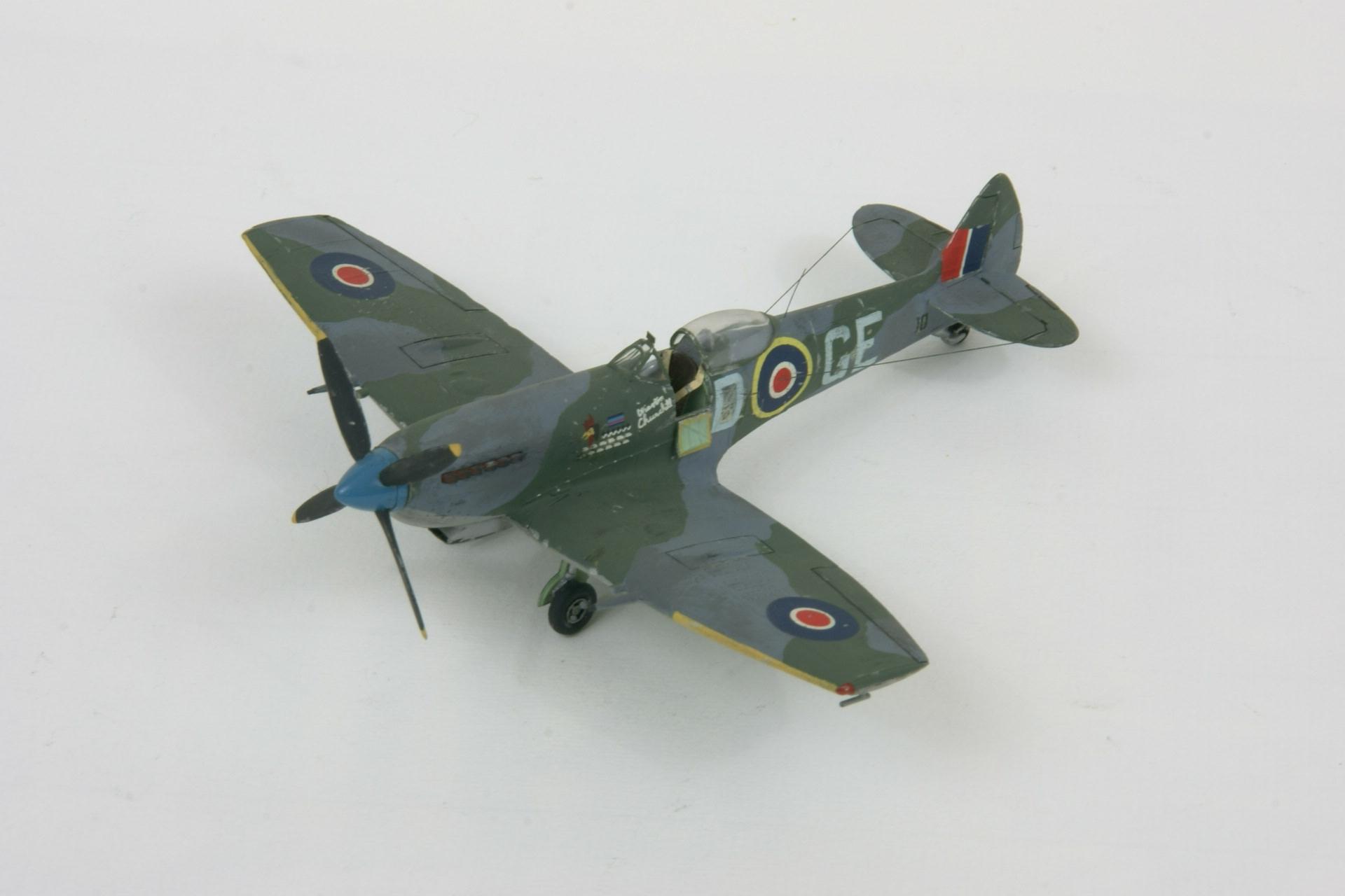 Supermarine spitfire lf xvie late 5