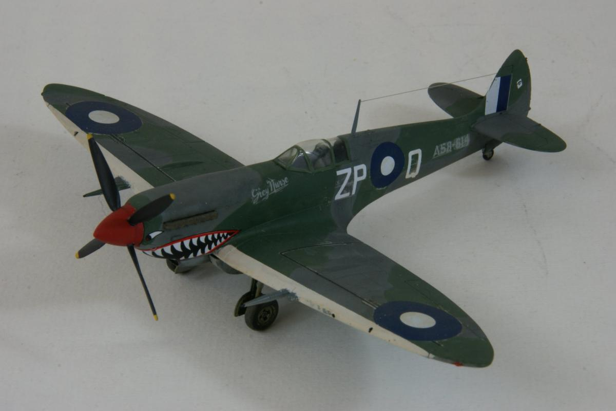 Supermarine spitfire viii 1 1