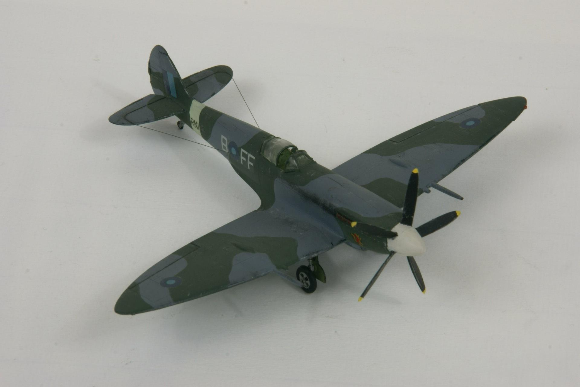 Supermarine spitfire xive 1