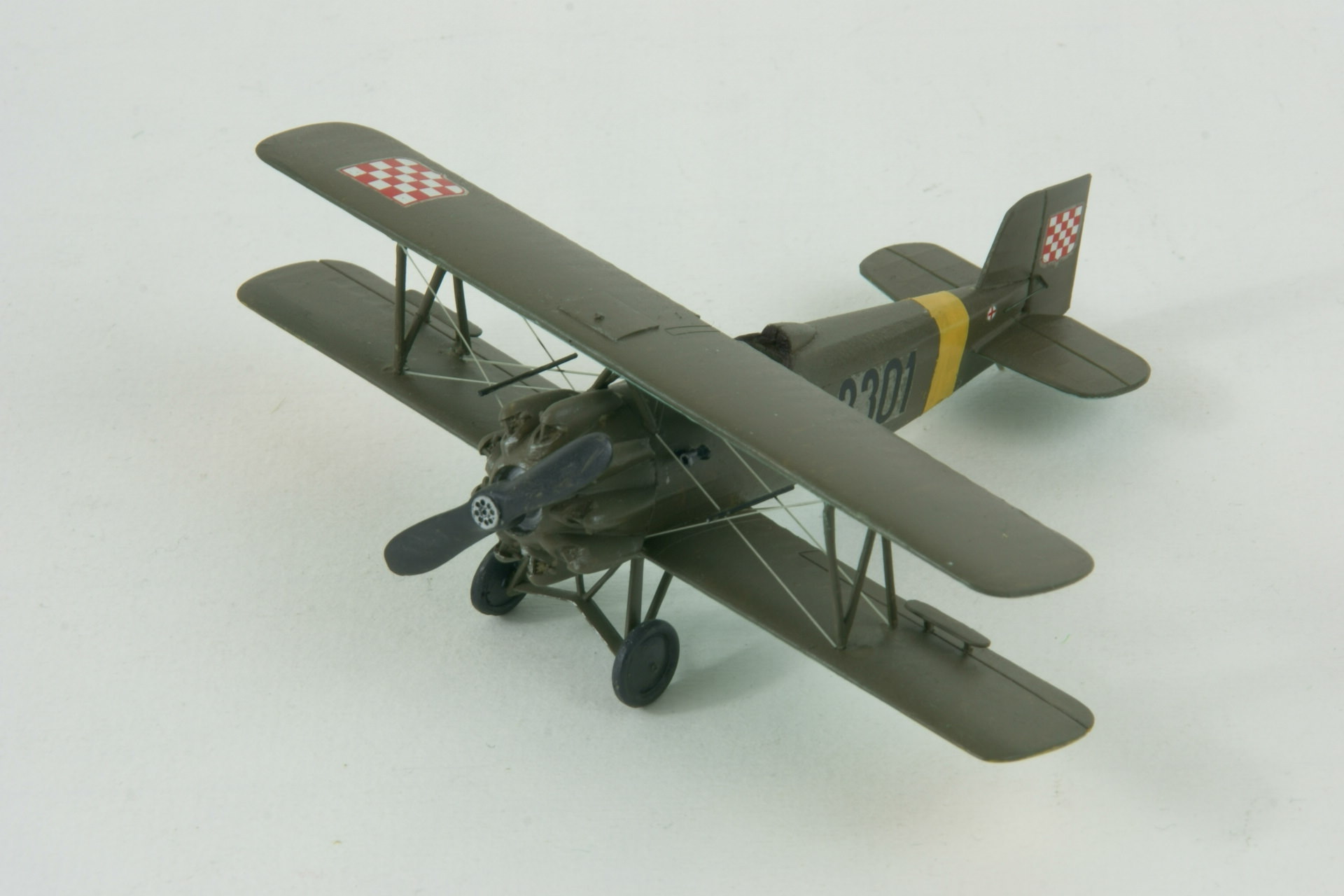 Avia bh 33e 1 1