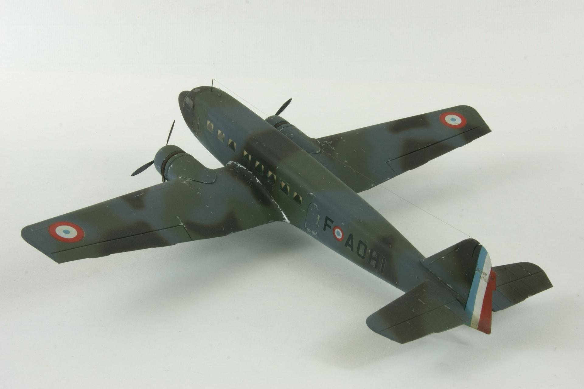 Bloch 220 6