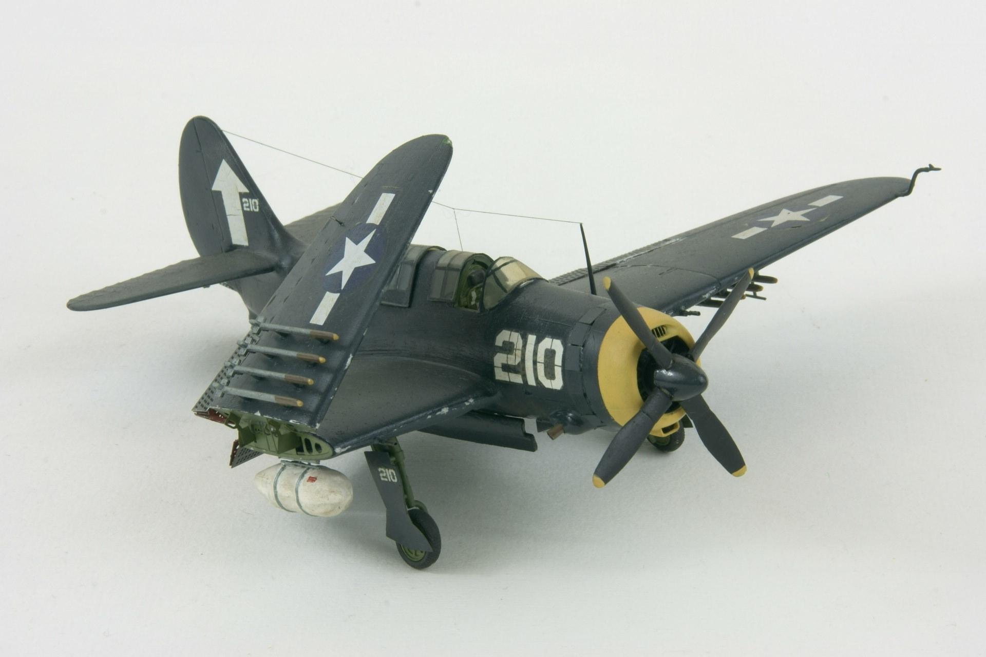 Curtiss sb2c 4e helldiver 4 2