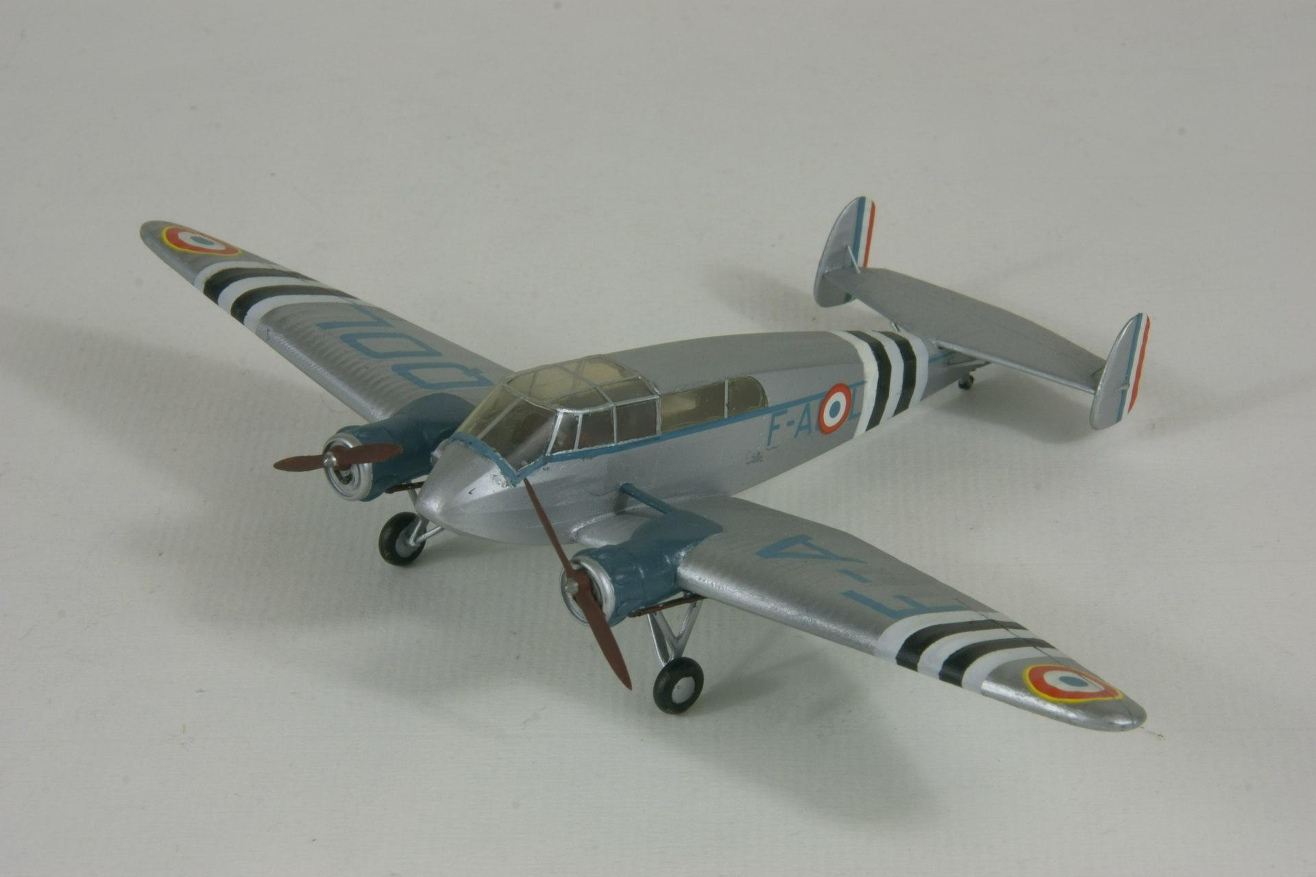 General aircraft st 25 universal 1 2