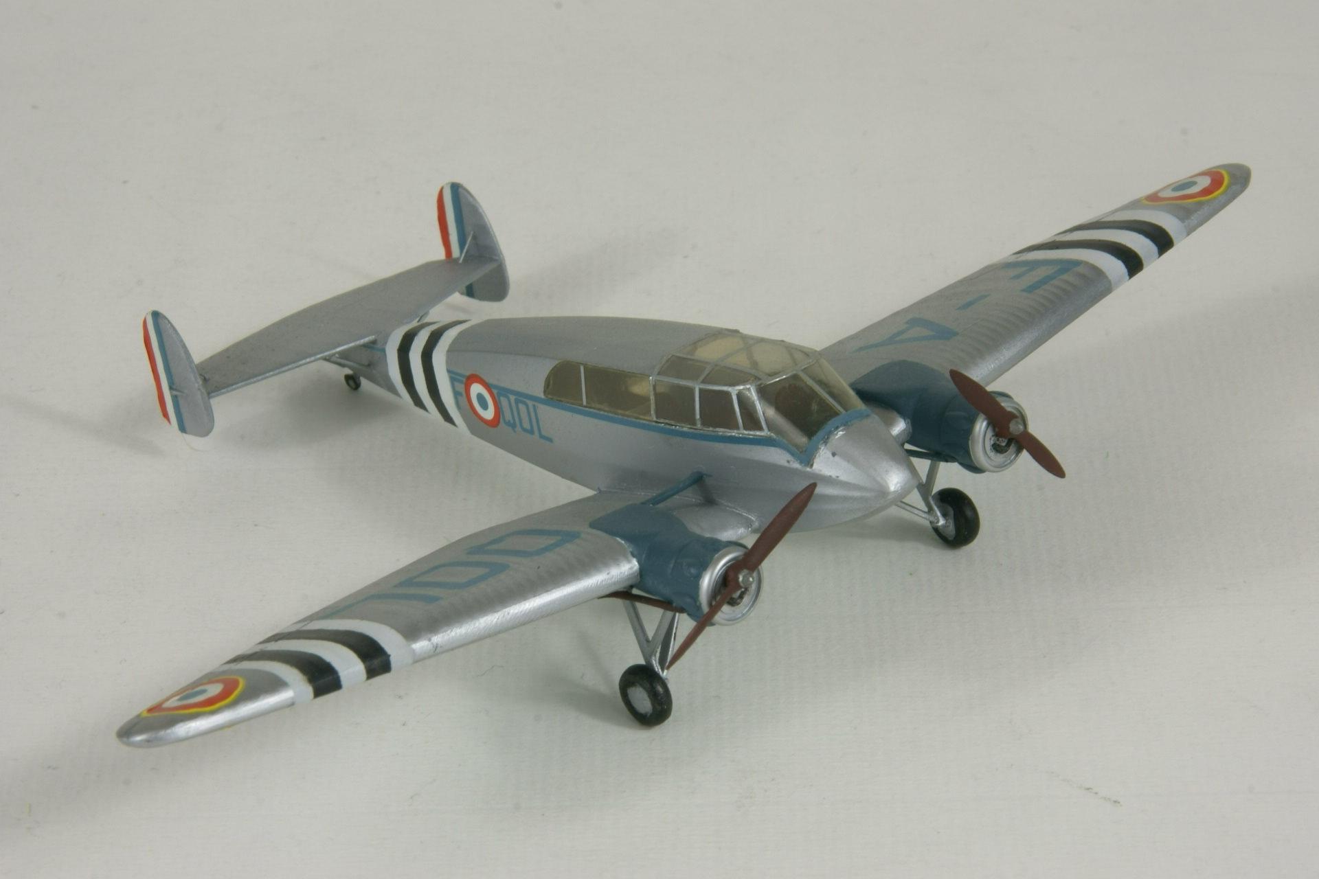 General aircraft st 25 universal 4 2