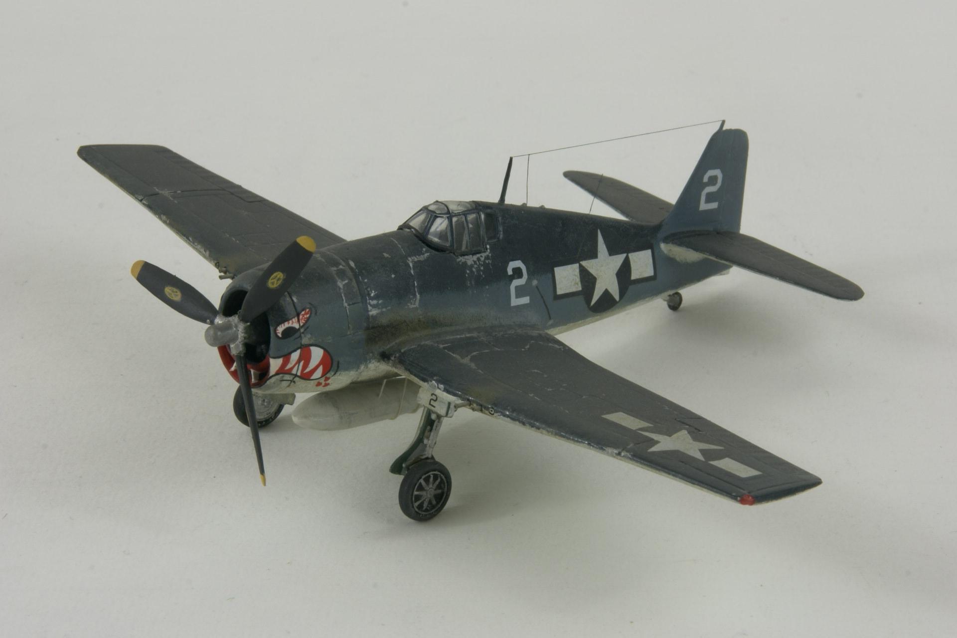 Grumman f6f 3 hellcat 1 2