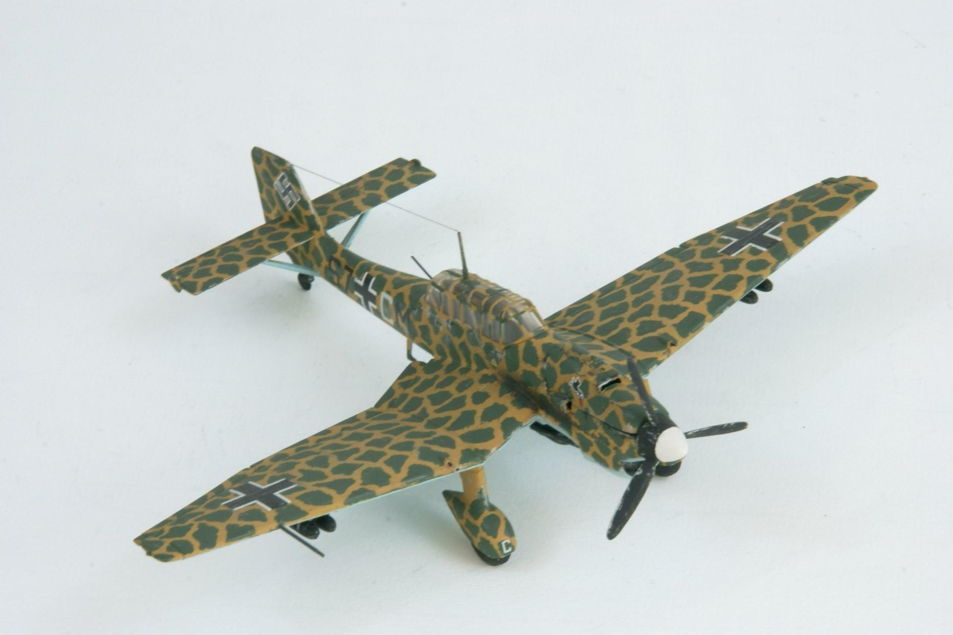 Junkers 87b 2 trop 4