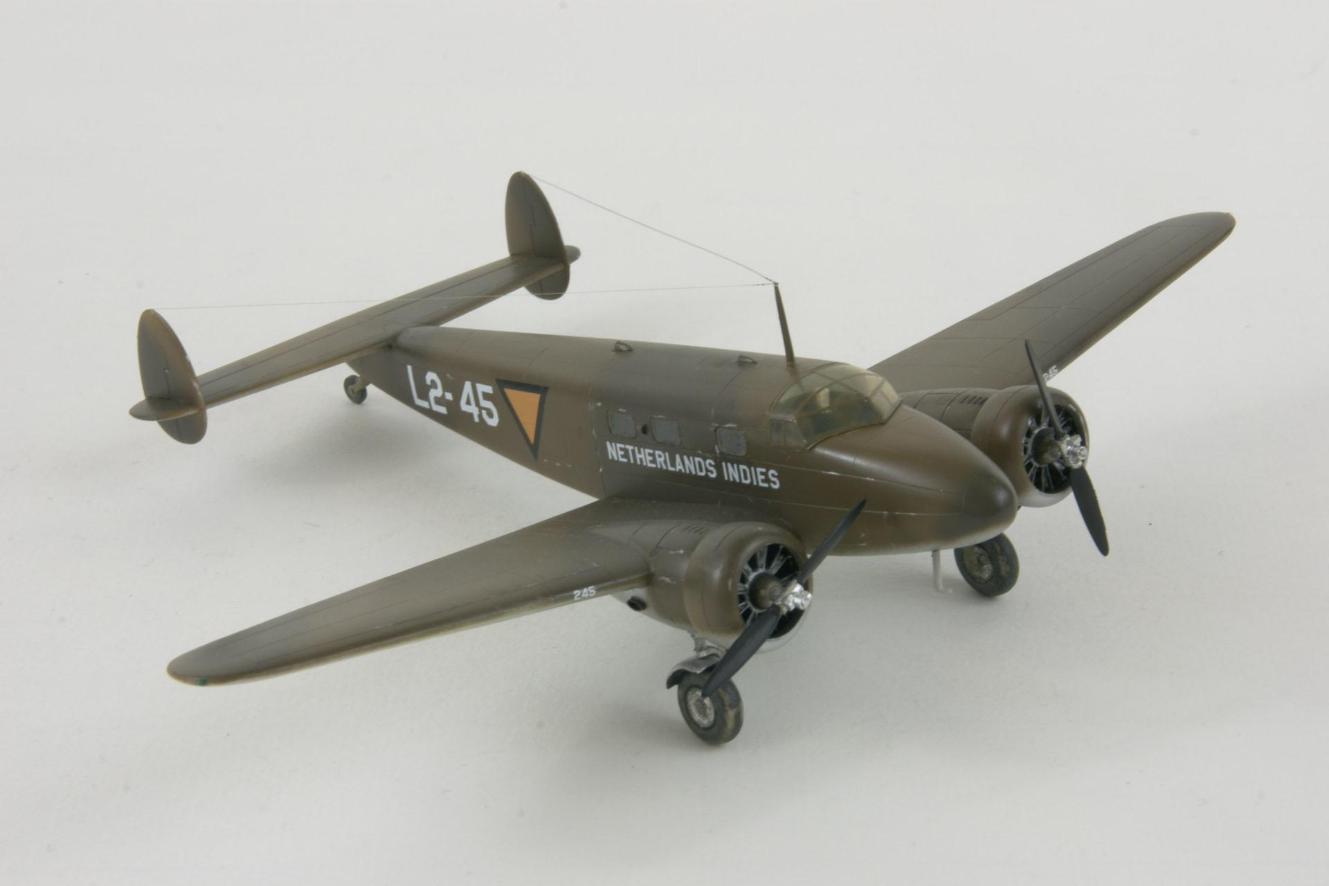 Lockheed 12 26 4 2