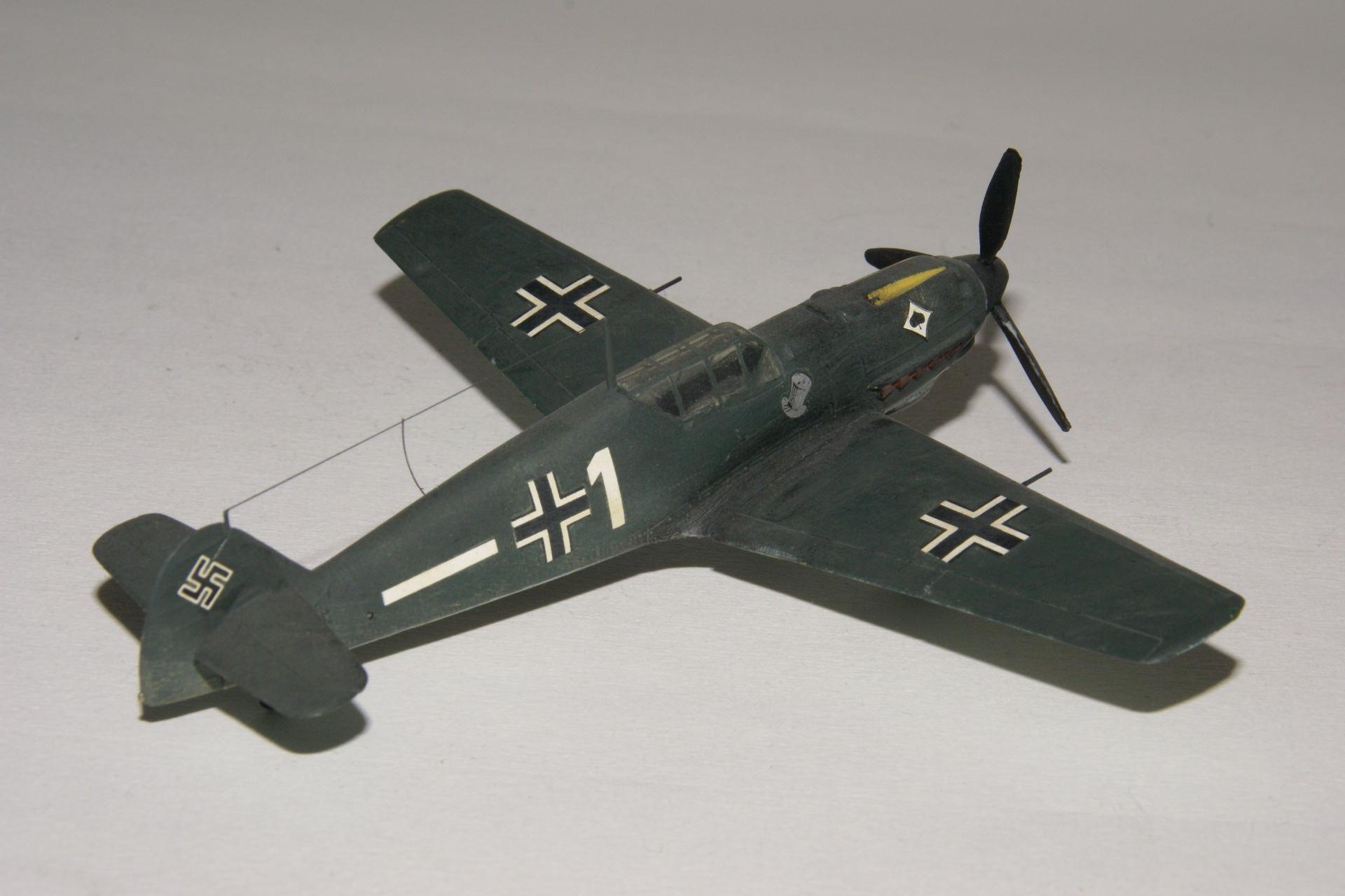Messerschmitt 109e 1 3