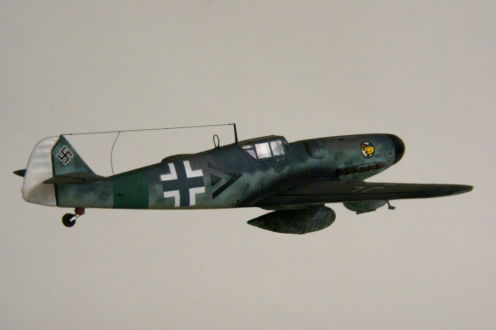 Messerschmitt 109g 6 r6 2 en vol