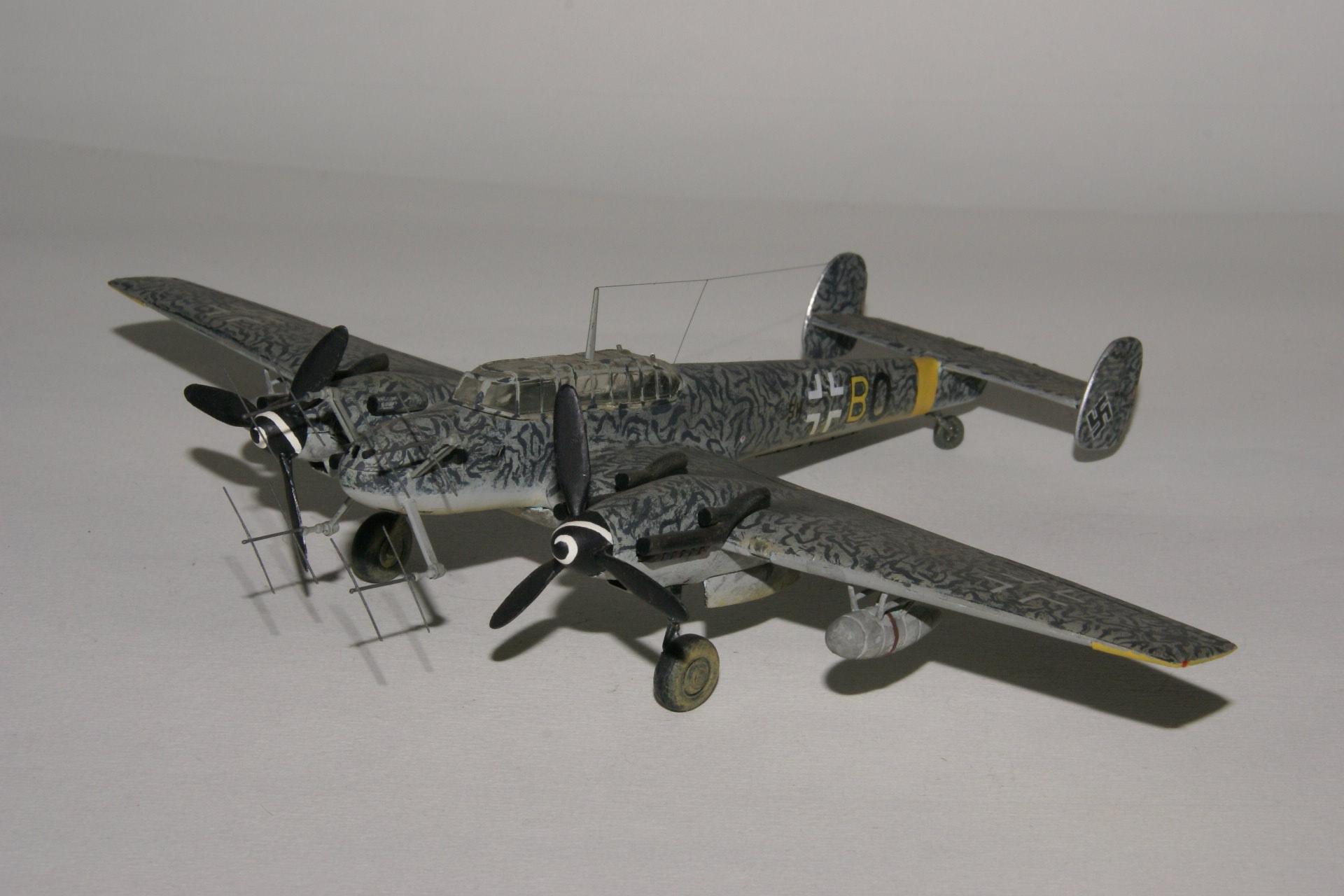 Messerschmitt 110g 4c fug 220