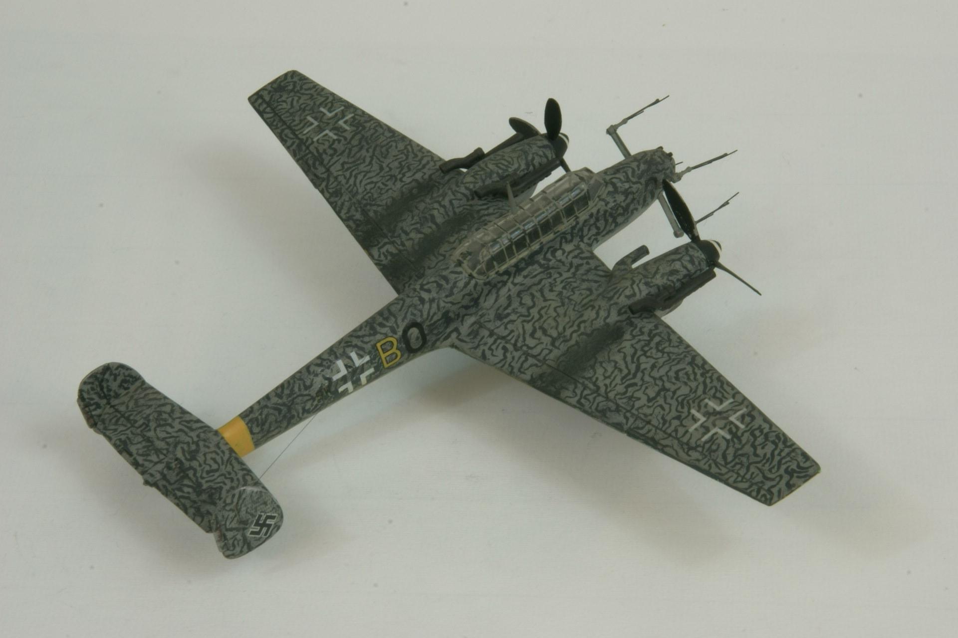 Messerschmitt 110g 4c fug 220 3