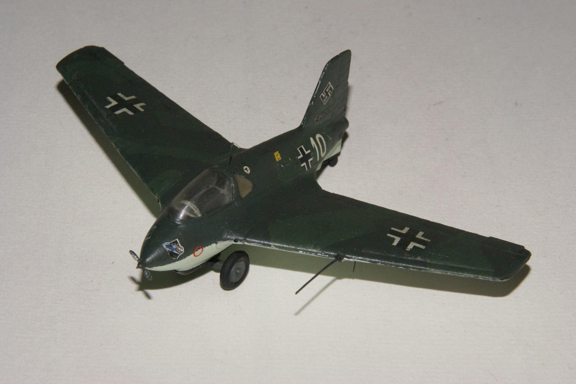 Messerschmitt 163b 1 4