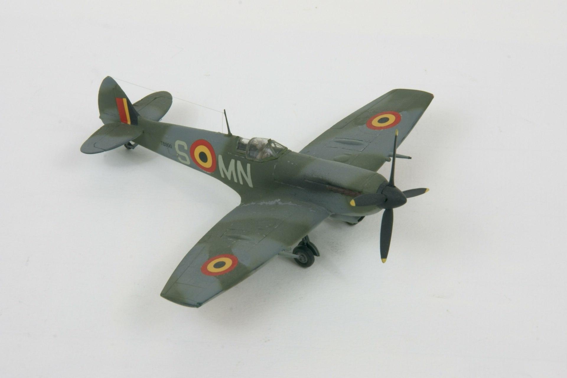 Supermarine spitfire lf xvie early 2