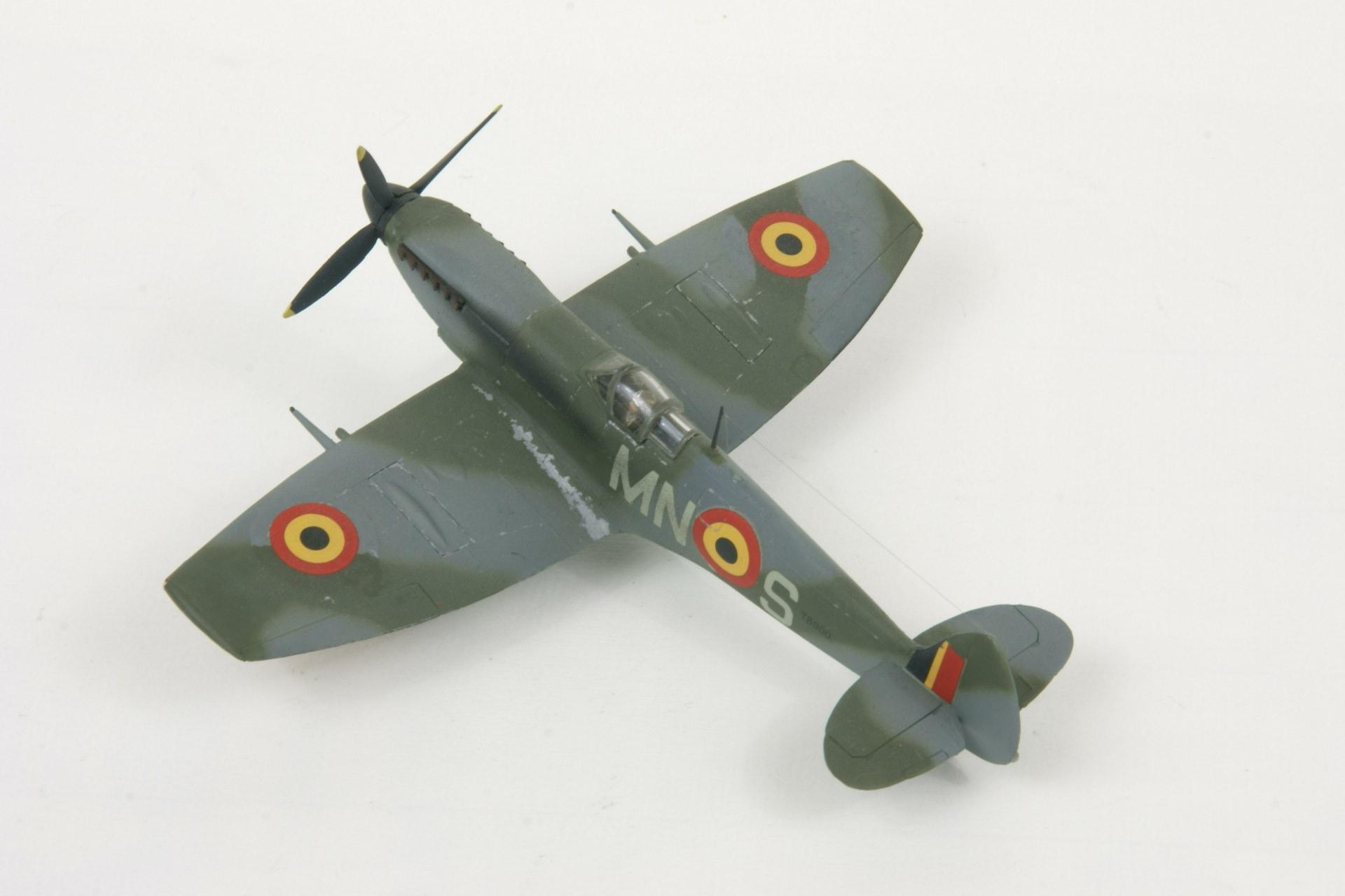 Supermarine spitfire lf xvie early 3