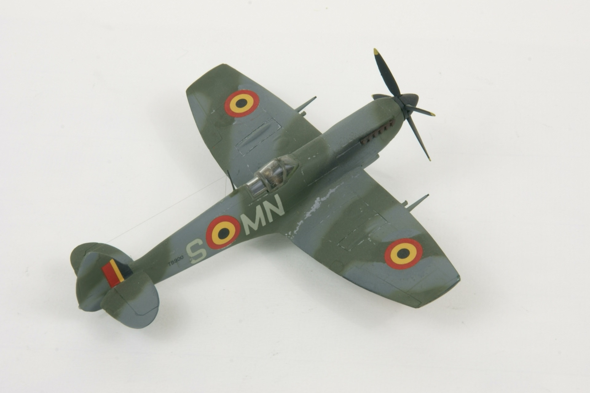Supermarine spitfire lf xvie early 4