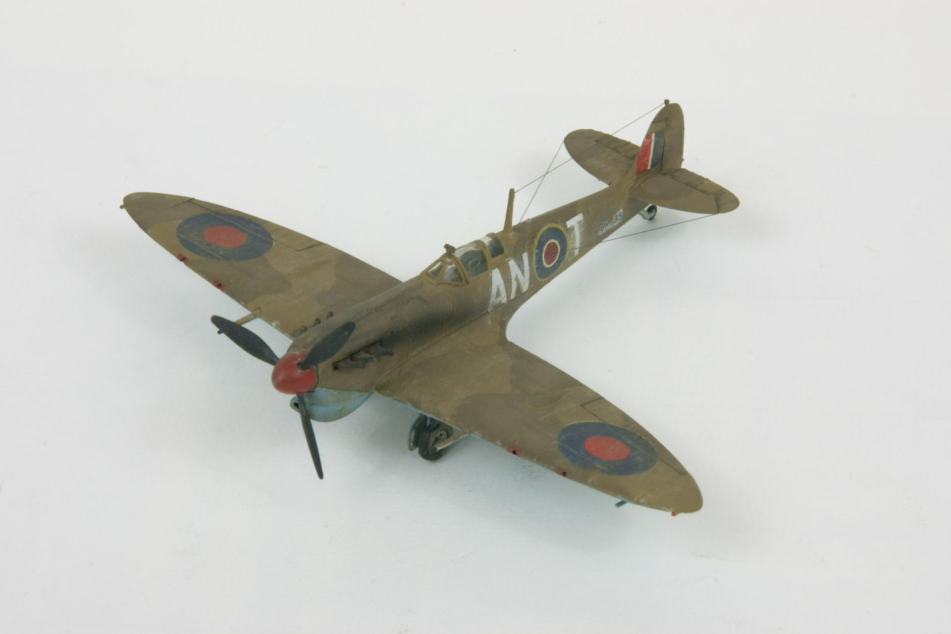 Supermarine spitfire vb trop 4
