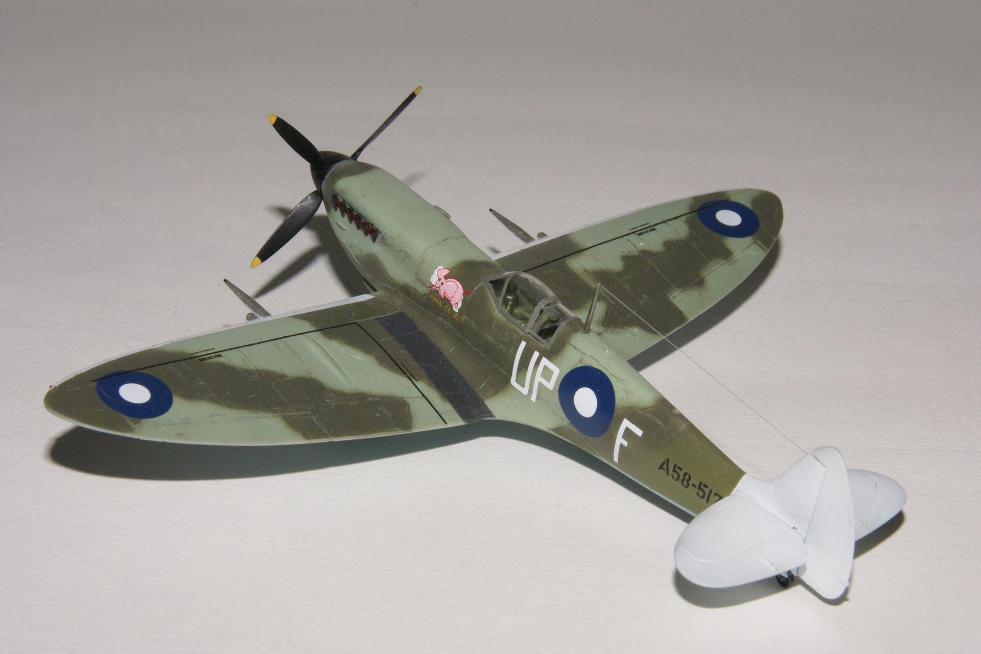 Supermarine spitfire viii 16